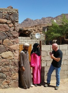 dan-talking-with-bedouin-guide